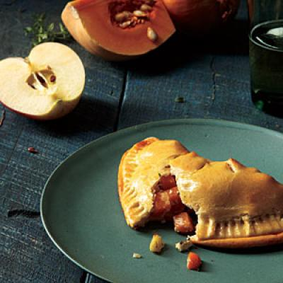 1010p146-squash-apple-turnovers-m