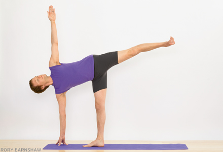yoga workout for a strong core  the human trainer